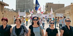 Frauen bei einer Demonstration